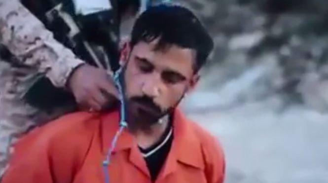 """Statul Islamic are o nouă metodă șocantă de execuție: """"zgarda-explozivă"""""""
