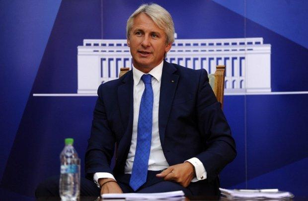 Eugen Teodorovici, critici dure la adresa ministrului Fondurilor Europene: Avem un miliard de euro care zace în conturi
