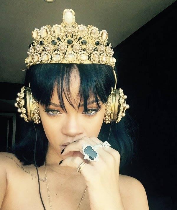 Rihanna, record pe internet şi controverse pe măsură cu noul clip NeededMe