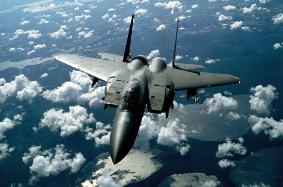 Un avion militar s-a prăbuşit la periferia oraşului sirian Damasc