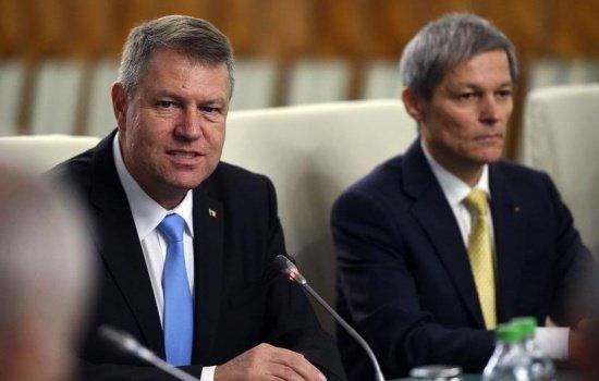 Klaus Iohannis se dezice de Guvern: Nu e guvernul meu, a fost o soluţie până la alegerile din toamnă