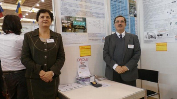 Şase profesori români, medaliaţi cu aur la Geneva. Invenţia are rolul de a reduce pierderile de energie electrică