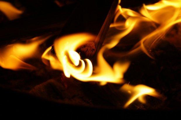 Incendiu în Poiana Brașov. Două magazine au ars