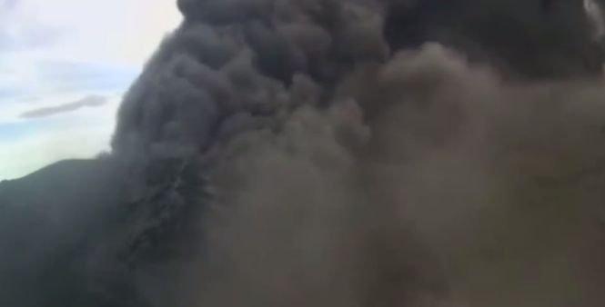 Panică în Costa Rica după erupţia unui vulcan. Oamenii sunt disperați - VIDEO