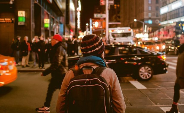 Atenţie la hoţii de buzunar! Topul orașelor europene unde riști să rămai fără portofel