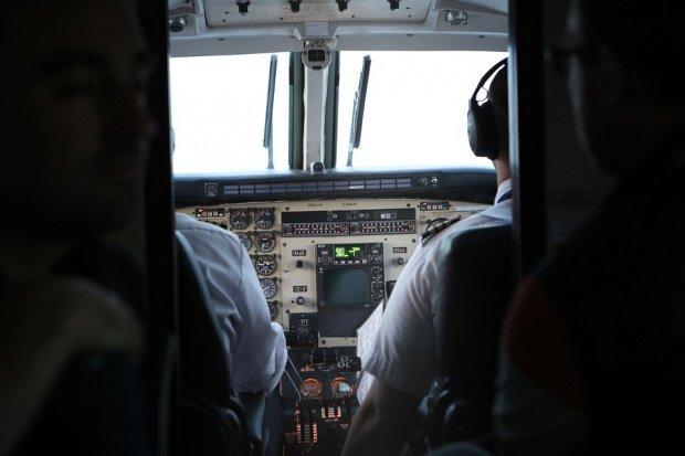 Răsturnare de situație! Ce a făcut pilotul avionului EgyptAir cu câteva secunde înainte să se prăbușească în mare