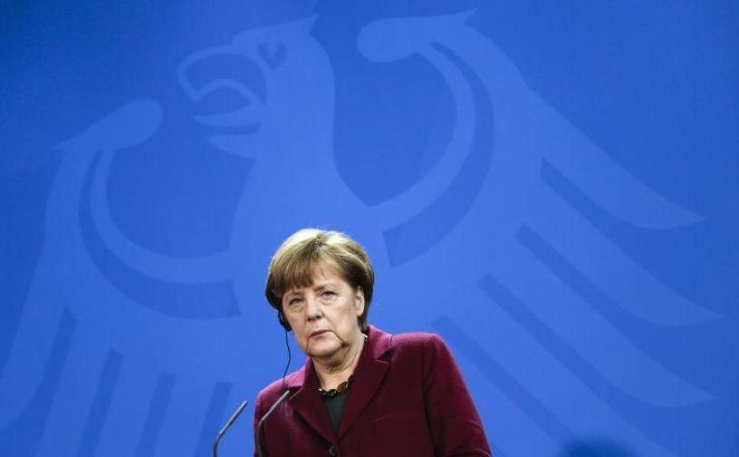 Angela Merkel, vizată de un atac cu cuțit