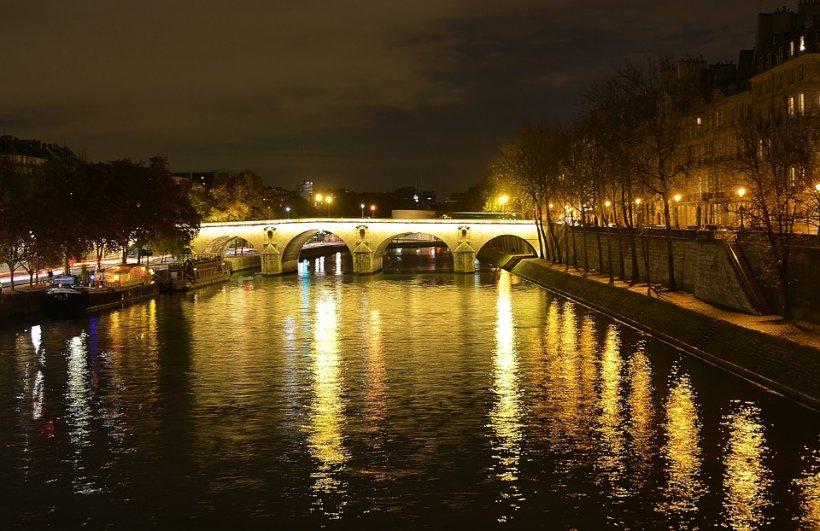 Luarea de ostatici de la Paris a luat sfârșit. Atacatorul a fost ucis în urma unei operațiuni în forță a trupelor speciale 416