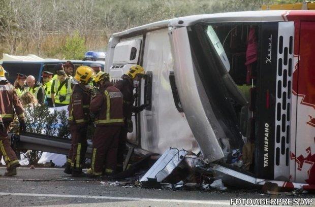 Un nou microbuz implicat într-un accident grav pe DN1. Nouă oameni au ajuns la spital