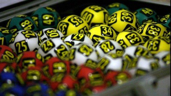 LOTO. LOTO 6/49. Report de peste 3 milioane de euro la Loto 6/49 şi de aproape 2,3 milioane de euro la Joker