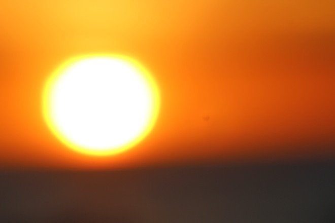Romania a fiert la peste 35 de grade și urmează înca două zile de foc. Doi oameni au murit sub soarele fierbinte