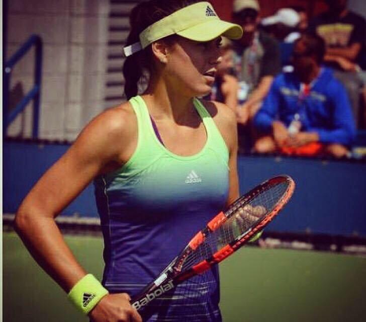 FOTO. Sorana Cîrstea, apariție de senzație la petrecerea jucătoarelor de la Wimbledon. A lăsat să se vadă tot