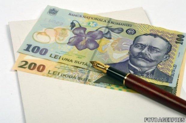 Românii ar putea plăti rate mai mari la creditele în lei, după BREXIT