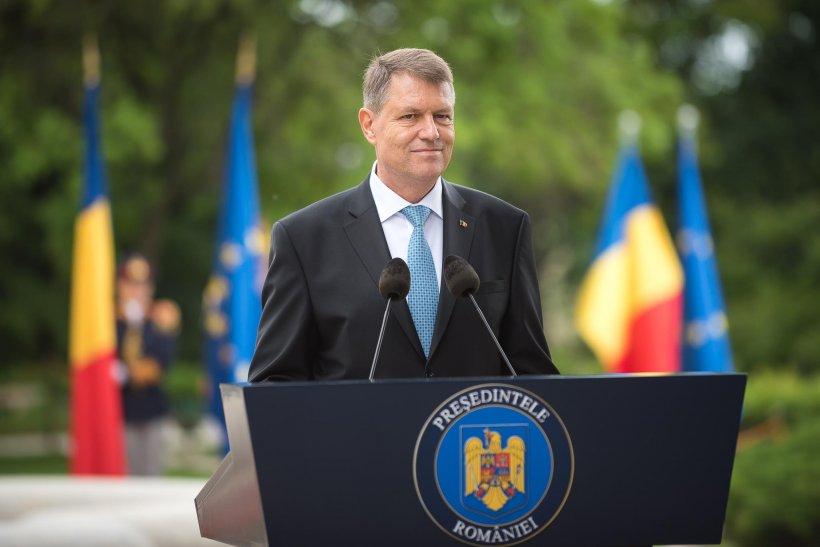 Mesajul președintelui Klaus Iohannis de Ziua Drapelului: Sărbătorim unul dintre cele mai prețioase însemne ale identității naționale