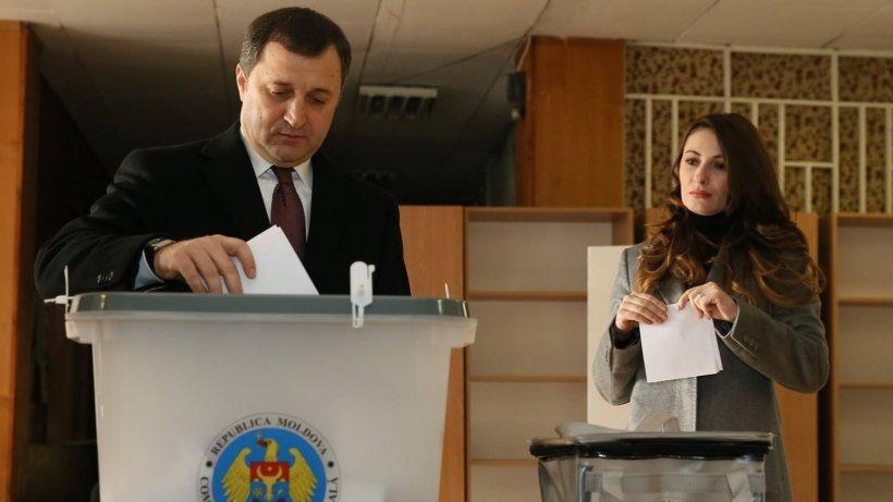 """Fostul premier Vlad Filat, anunț dureros pe Facebook la o zi după condamnare: """"Divorțez!"""""""