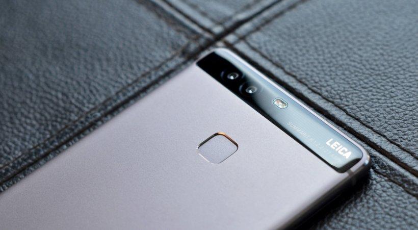 Marea înșelătorie a chinezilor de la Huawei: imaginea care a făcut valuri pe internet