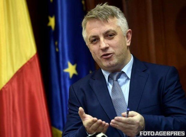 De ce l-a demis premierul Cioloș pe ministrul Telecomunicațiilor