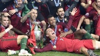 """Explicaţia triumfului Portugaliei de la EURO 2016. Un cunoscut fotbalist dezvăluie schimbarea majoră făcută de lusitani: """"De aici a pornit totul"""""""