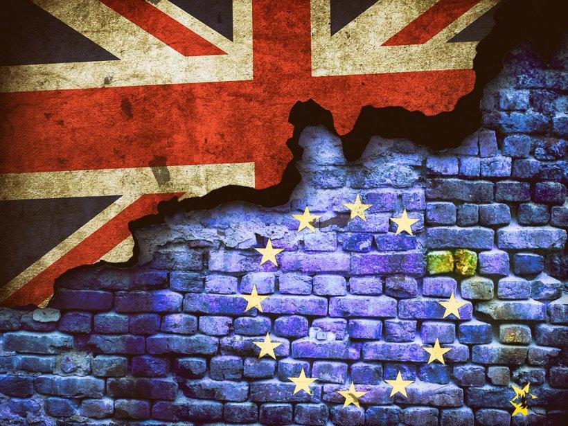 Previziuni sumbre de la Comisia Europeană: Marea Britanie ar putea intra în recesiune