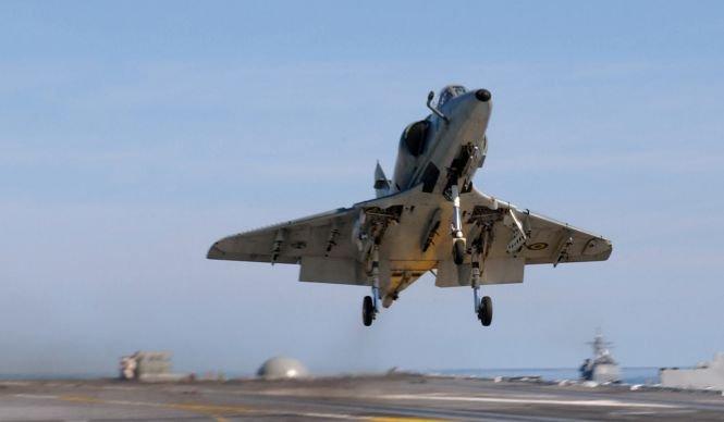Două avioane de luptă braziliene s-au ciocnit în zbor