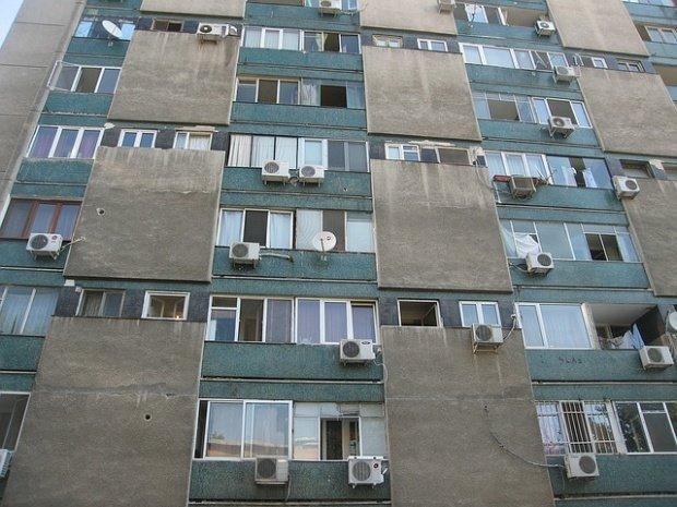 Vestea care bucură milioane de români. Vor primi bani pentru renovarea locuințelor