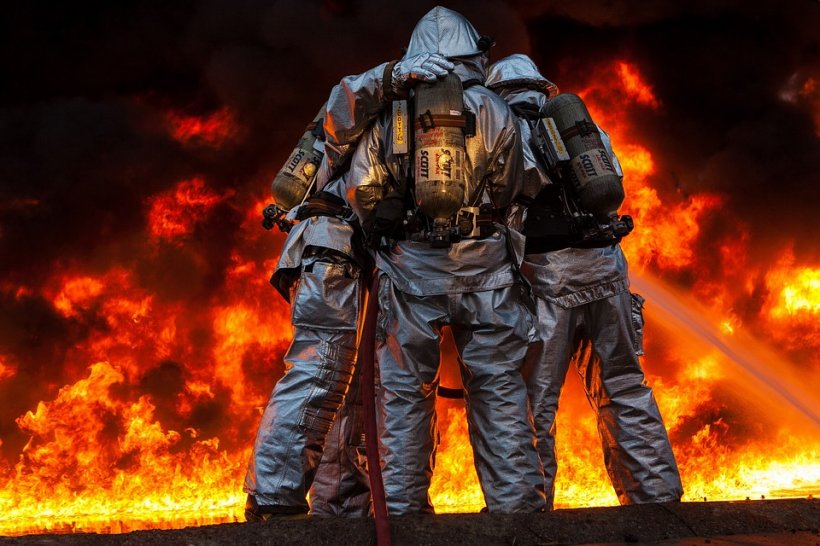 Val de incendii în județul Buzău