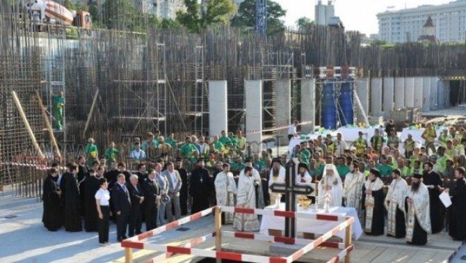 Municipalitatea bucureșteană ar putea suplimenta cu 15 milioane de lei sprijinul pentru Catedrala Mântuirii Neamului