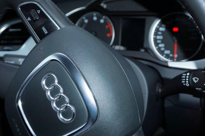 Soft ilegal descoperit la motoarele Audi