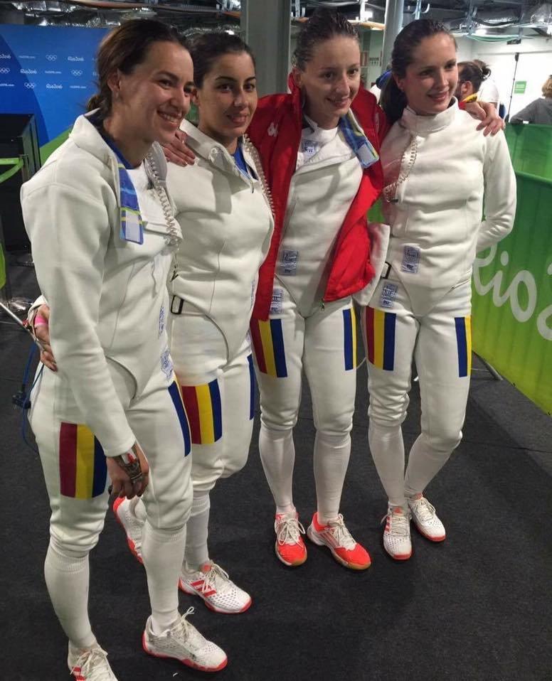 """OLIMPIADĂ. Reacția antrenorului lotului olimpic de spadă, după victoria cu Rusia. """"De ce mă felicitați?"""""""