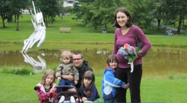 După un an de luptă cu autoritățile din Norvegia, familia Bodnariu se mută definitiv în România