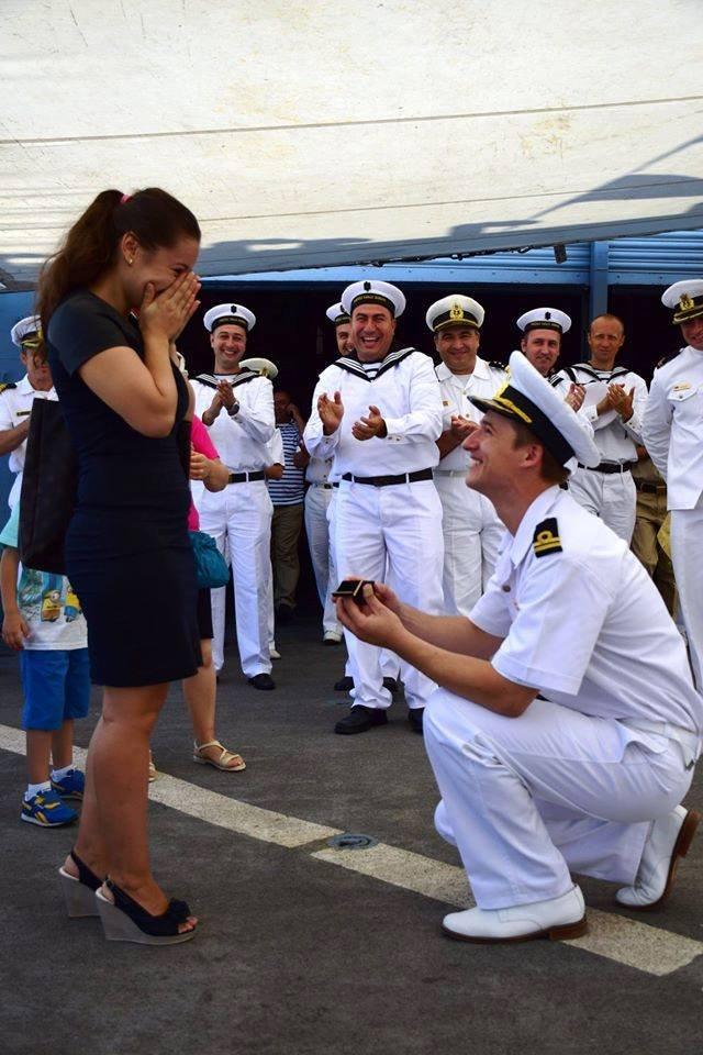 Ce a putut să facă astăzi un marinar de Ziua Marinei. Toată lumea a început să aplaude