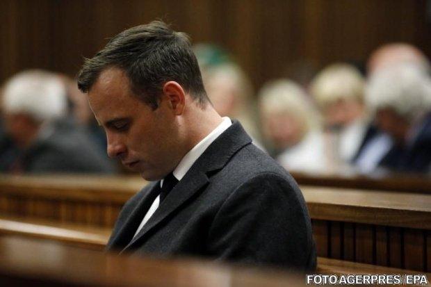 Oscar Pistorius, sub supraveghere strictă în închisoare. Gardienii se tem că atletul încearcă să se sinucidă