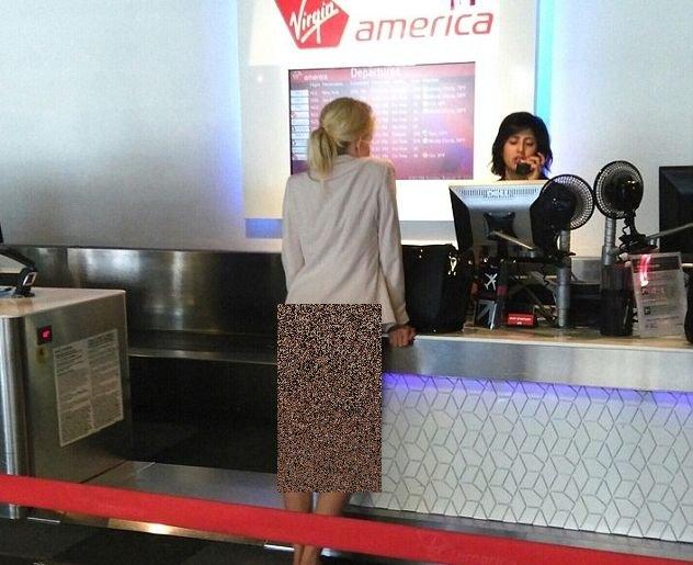 Cum a fost fotografiată o blondă în aeroport. Ceilalți pasageri nu își puteau desprinde ochii de la ea
