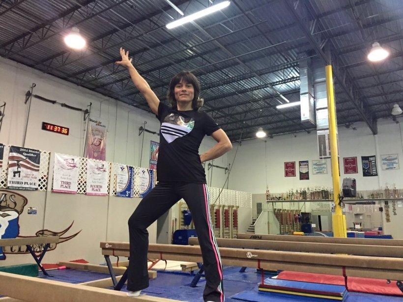 Fabuloasa poveste a Oksanei Şuşovitina, cea mai bătrână gimnastă din lume. Și-a salvat fiul prin gimnastică!