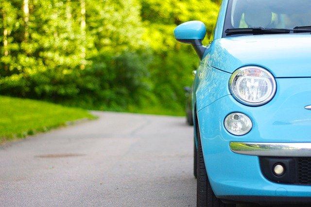 Lovitură pentru şoferii care îşi cumpără maşină nouă odată cu modificarea Codului Rutier