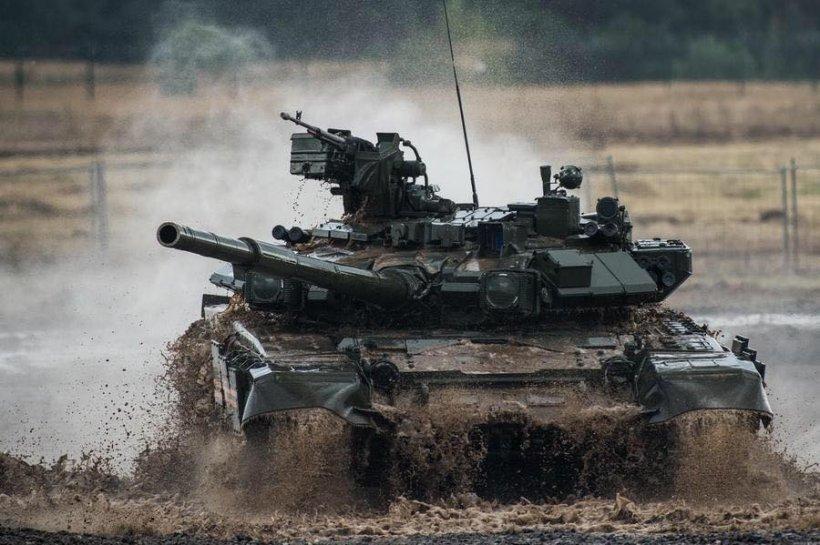 """""""Rusia vrea să transforme întreaga Crimee în bază militară"""". Noi sisteme de armament şi tehnică militară, instalate în peninsulă"""