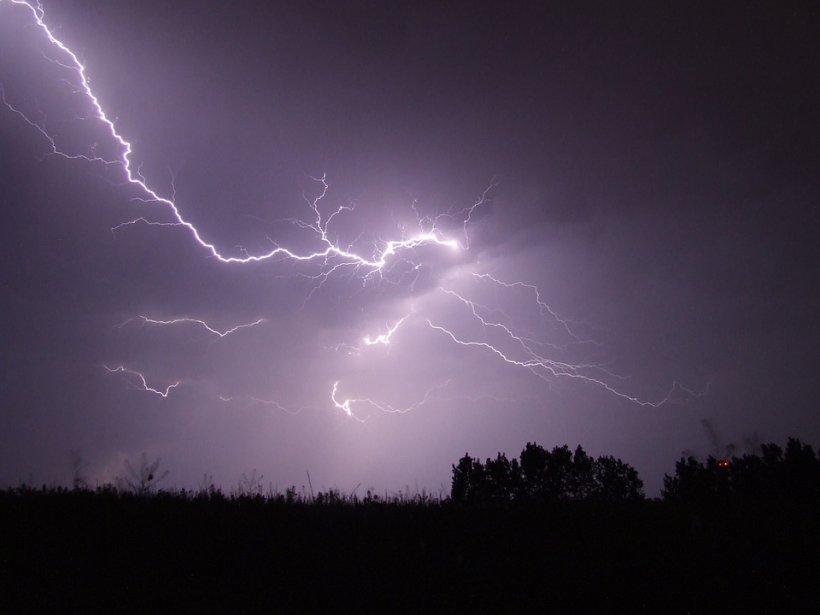 Cod galben de furtuni și vijelii. Care sunt zonele vizate
