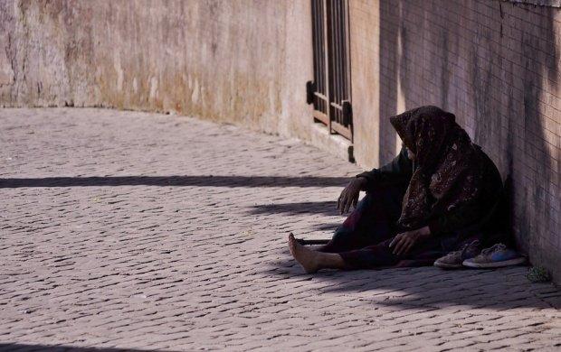Ţara care vrea să schimbe legea pentru a scăpa de cerşetorii români