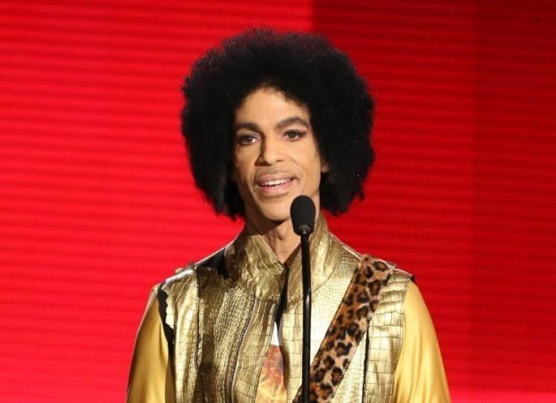 Ce l-a ucis pe Prince. Moartea artistului a venit din tuburile de aspirină și vitamine