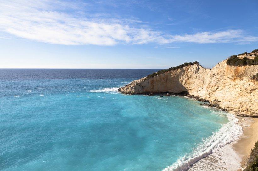 Lefkada, insula cu cele mai spectaculoase plaje din Grecia