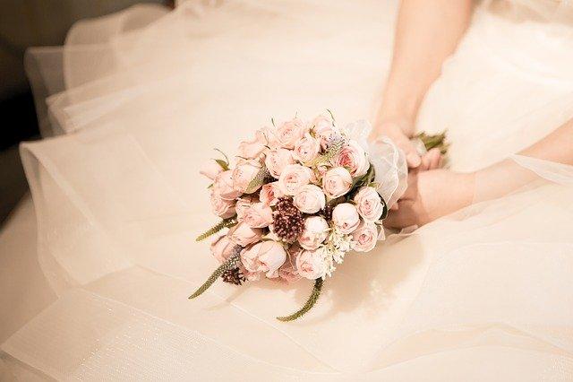 Ce a putut să facă o mireasă care a fost părăsită chiar înainte de nuntă. S-a dus la fotograf și... - FOTO