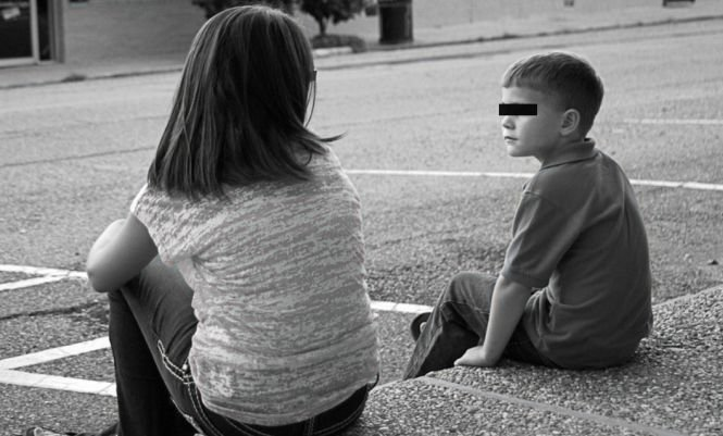 Tragedie la Galați. O fetiță și-ar fi ucis din greșeală fratele de cinci ani. Se jucau împreună când...