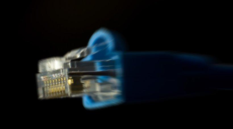 Tu știi cât de rapidă este conexiunea ta la internet? Iată cum afli foarte ușor