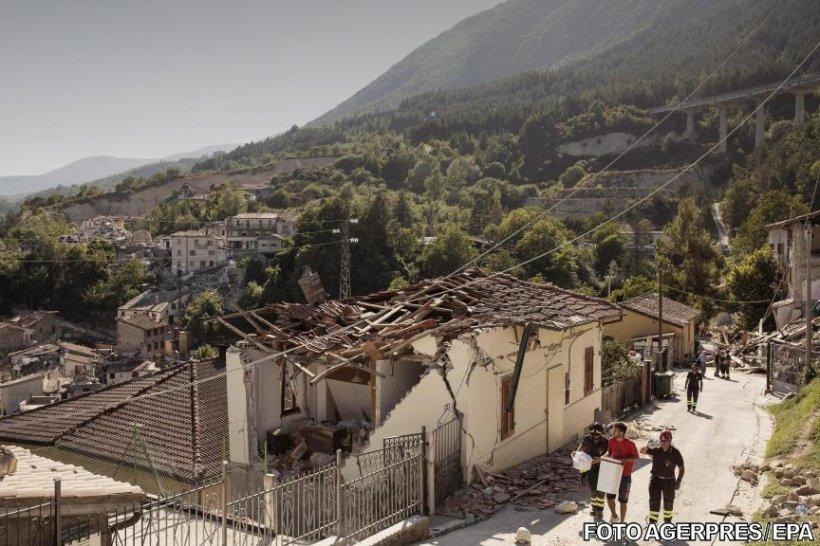 Eroii români de la cutremurul din Italia: Au salvat de sub ruine nouă oameni
