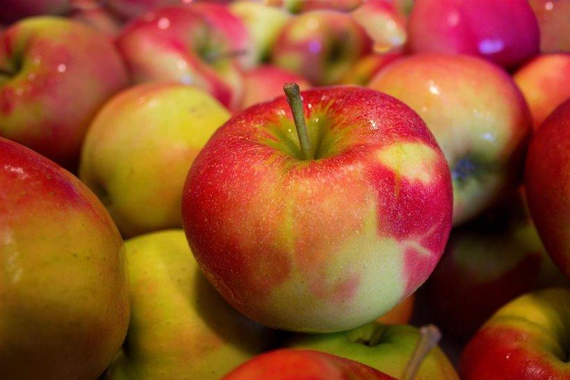 Cât de grav este să mânânci un măr nespălat? Vei fi surprins
