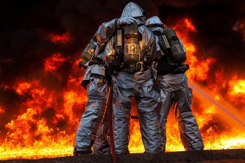Incendiu puternic în București