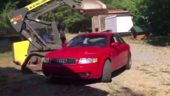 Reacţia unui tată care şi-a găsit fiica într-o mașină cu un băiat. E noul viral de pe net - VIDEO