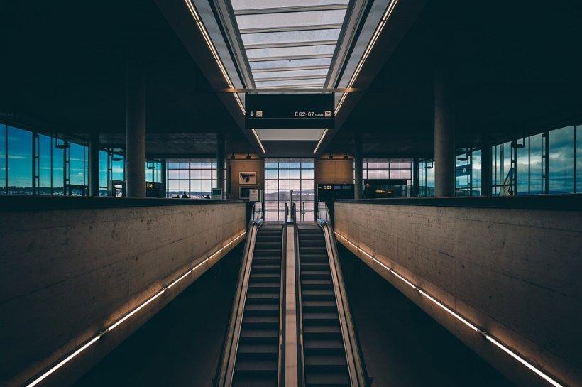 UPDATE: Alertă falsă la aeroportul din Frankfurt. Autoritățile au anunțat reluarea operațiunilor