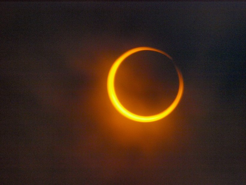 Fenomen rar la început de toamnă! Septembrie debutează cu o eclipsă inelară de Soare