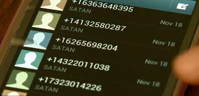 """O femeie a intrat în panică după ce a primit un telefon şi 48 de SMS-uri de la """"Satana"""". """"Credeam că visez"""" 817"""